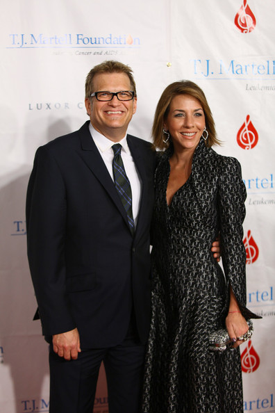 36th Annual T.J. Martell Foundation's Honors Gala [suit,formal wear,flooring,fashion,carpet,tuxedo,event,red carpet,drew carey,nicole jaracz,t.j.,new york city,marriott marquis times square,martell foundations honors gala,martell foundations honors,l,gala,drew carey,kelley whilden,the price is right,comedian,image,deploraball,engagement,photograph,marriage]