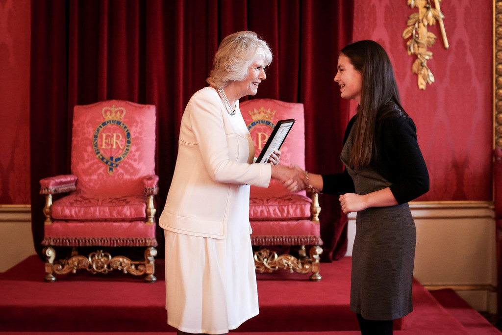 commonwealth essay competition canada Queen's commonwealth essay competition 2018 for young writers from commonwealth national theatre and the high commissions of australia and canada.