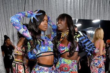 Duckie Thot 2018 Victoria's Secret Fashion Show in New York - Backstage