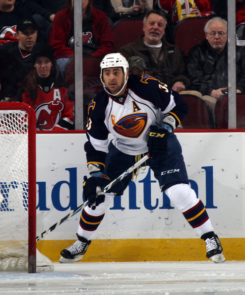reputable site 33e40 ee398 Dustin Byfuglien Photos Photos - Atlanta Thrashers v New ...