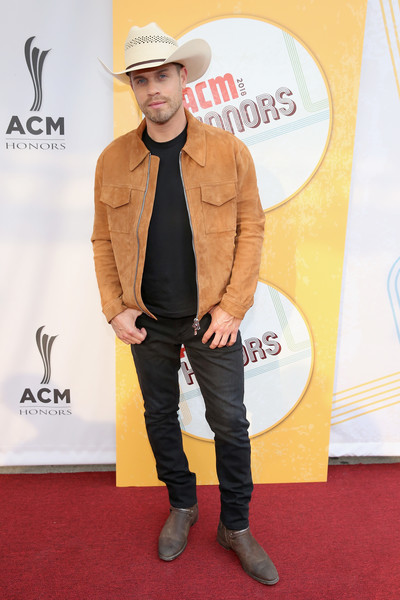 12th Annual ACM Honors - Red Carpet [clothing,carpet,red carpet,hat,footwear,outerwear,headgear,fedora,cowboy hat,fashion accessory,acm honors - red carpet,acm honors,ryman auditorium,nashville,tennessee,dustin lynch]