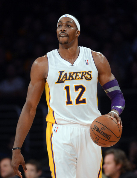 Dwight Howard huge shoulders - what happened ...