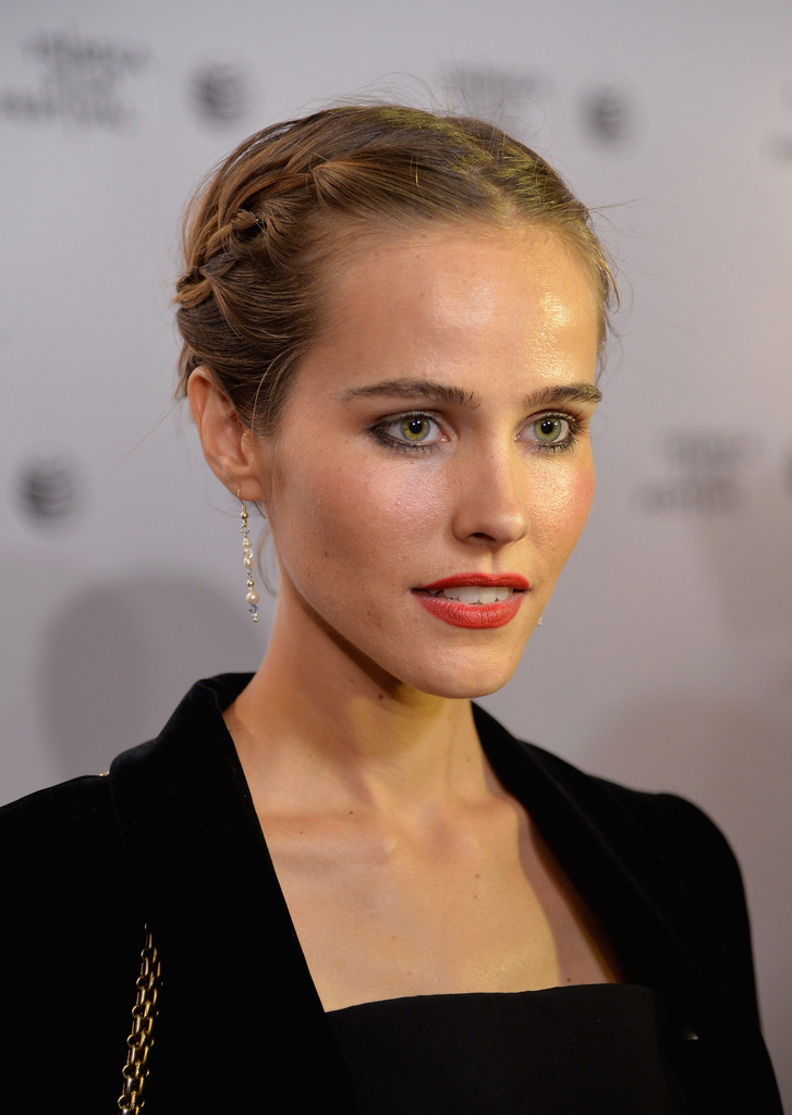 isabel lucas - photo #45
