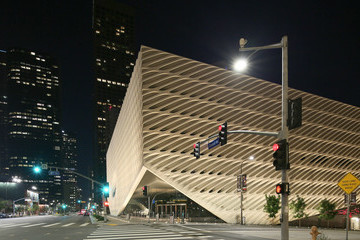 Eli Broad Exteriors And Landmarks