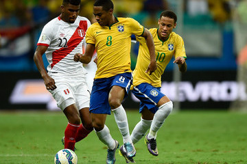 Elias Brazil v Peru - 2018 FIFA World Cup Russia Qualifiers