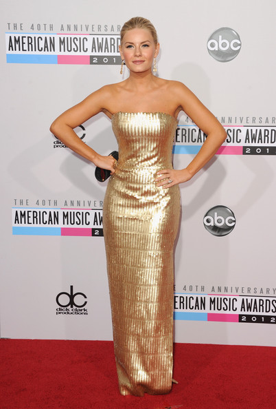 Elisha Cuthbert - The 40th American Music Awards - Arrivals
