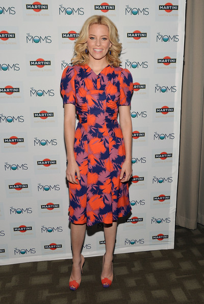 "Elizabeth Banks - MARTINI And The Moms Celebrate Release Of ""People Like Us"" With Elizabeth Banks"