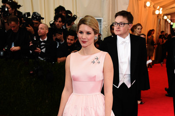 Elizabeth Cordry Red Carpet Arrivals at the Met Gala — Part 3