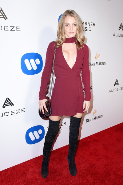 Warner Music Group GRAMMY Party - Red Carpet [red carpet,clothing,red carpet,carpet,dress,footwear,electric blue,fashion,joint,shoulder,fashion model,elizabeth gilpin,grammy,hollywood,california,warner music group,party,warner music group grammy party,milk studios]