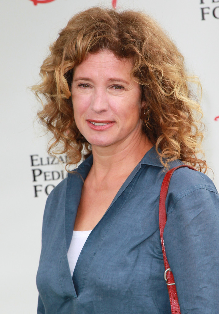 Nancy Travis Nancy Travis Photos Elizabeth Glaser