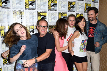 "Elizabeth Henstridge ""Marvel's Agents Of S.H.I.E.L.D."" & ""Marvel's Agent Carter"" Press Line - Comic-Con International 2014"
