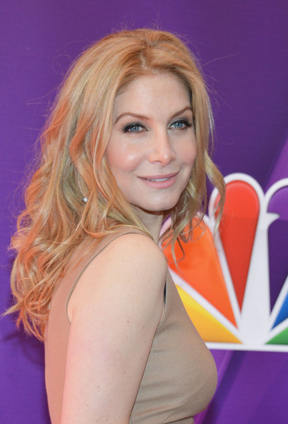 Elizabeth Mitchell Pictures - Red Carpet at the NBC ...