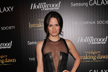 "Elizabeth Reaser The Cinema Society With The Hollywood Reporter And Samsung Galaxy Host A Screening Of ""The Twilight Saga: Breaking Dawn Part 2"" - Arrivals"
