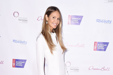Elle MacPherson 2017 DreamBall to Benefit Look Good Feel Better