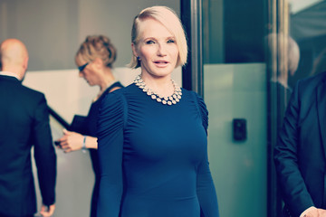 Ellen Barkin Celebrities Arrive to the 2015 amfAR Inspiration Gala New York