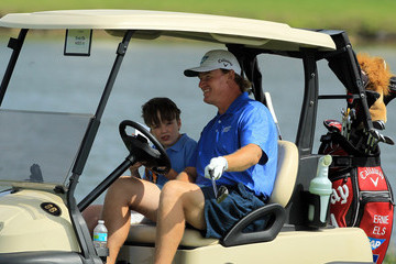 Photo of Ernie Els & his  Son  Ben Neels Els