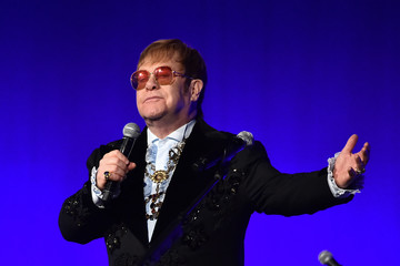 Elton John Elton John AIDS Foundation's 17th Annual An Enduring Vision Benefit - Social Content
