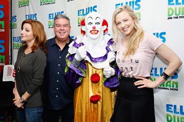 Elvis Duran The Staten Island Clown Visits a Radio Show