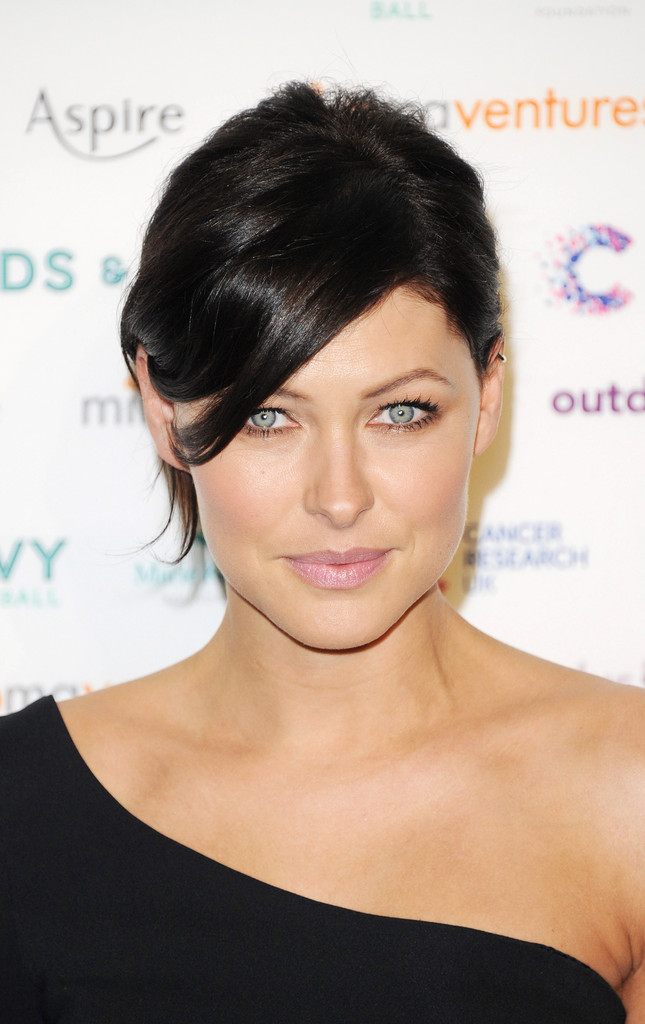 emma willis eyes ~ emma heming willis in the emeralds and ivy ball  arrivals