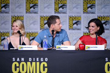 Emilie De Ravin Comic-Con International 2016 - 'Once Upon A Time' Panel