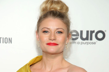 Emilie De Ravin 28th Annual Elton John AIDS Foundation Academy Awards Viewing Party Sponsored By IMDb, Neuro Drinks And Walmart - Arrivals