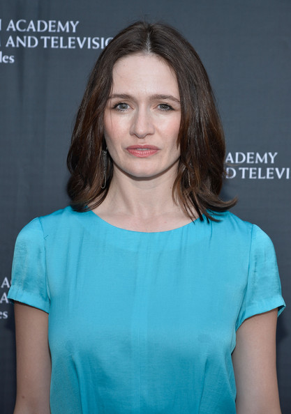 Emily Mortimer Net Worth