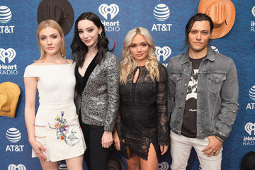 Emma Dumont 2018 iHeartCountry Festival By AT&T - Red Carpet