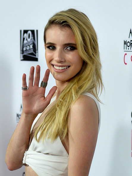 Emma roberts american horror story coven 6