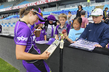 Emma Thompson WBBL - Renegades v Hurricanes