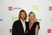 Sarah Wright and Eric Christian Olsen Photos Photo