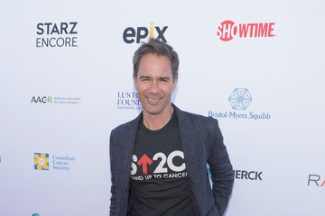 Eric McCormack Stand Up To Cancer Marks 10 Years Of Impact In Cancer Research At Biennial Telecast - Arrivals