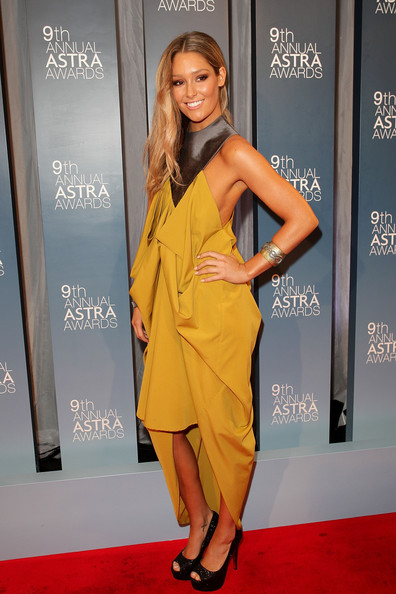 Erin McNaught Erin McNaught arrives at the 9th Annual Astra Awards on July 21, 2011 in Sydney, Australia.