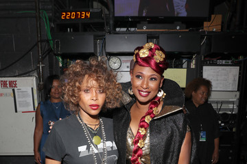 Erykah Badu Black Girls Rock 2019 Hosted By Niecy Nash - Backstage
