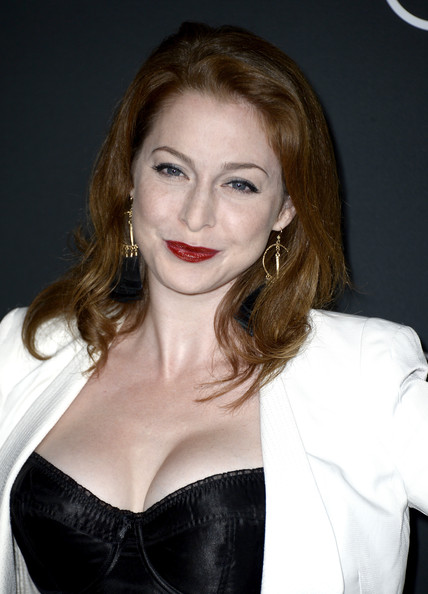 Esme Bianco Actress Arrives At The Premiere Of Amc S