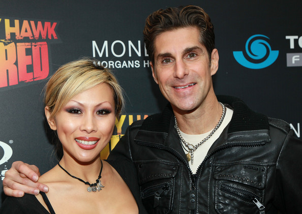 perry farrell and wife. Recording artist Perry Farrell