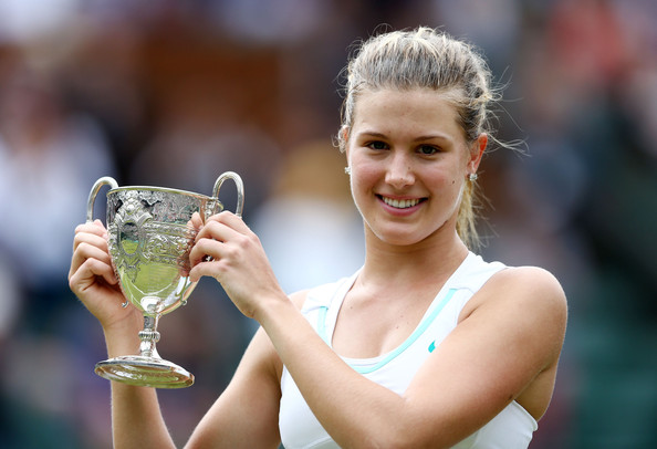 eugenie bouchard eugenie bouchard of canada lifts the winners trophy