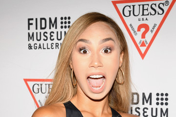 Eva Gutowski GUESS Celebrates 35 Years with Opening of Exhibition at the FIDM Museum & Galleries