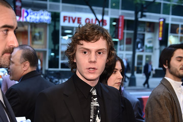Evan Peters 'Pose' New York Premiere