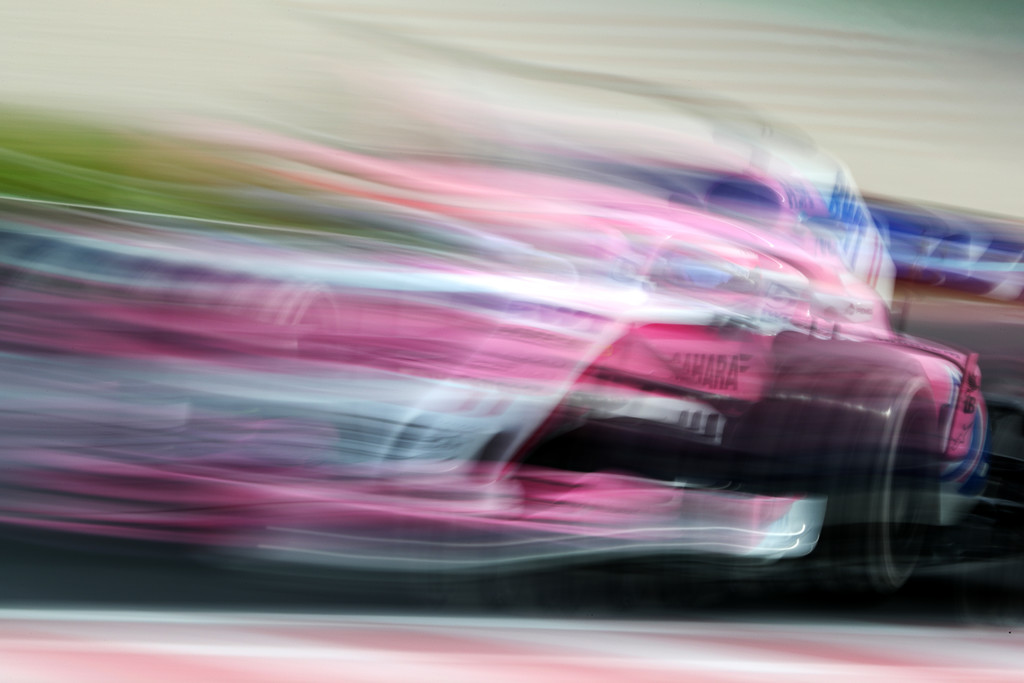 [Imagen: F1+Winter+Testing+Barcelona+Day+Three+AvnwuS3owVZx.jpg]