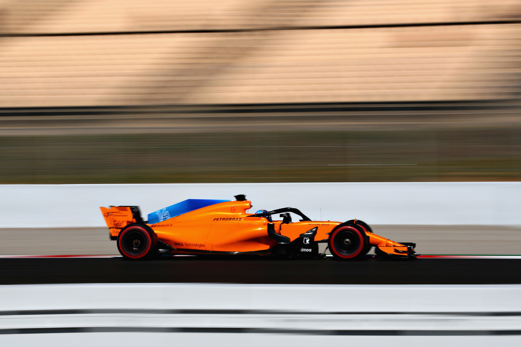 [Imagen: F1+Winter+Testing+Barcelona+Day+Two+FDD0V0fdr4Qx.jpg]