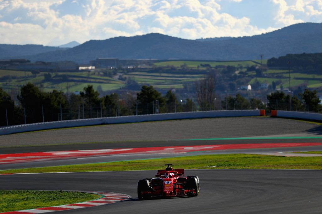 [Imagen: F1+Winter+Testing+Barcelona+Day+Two+w_AMdOK12R8x.jpg]