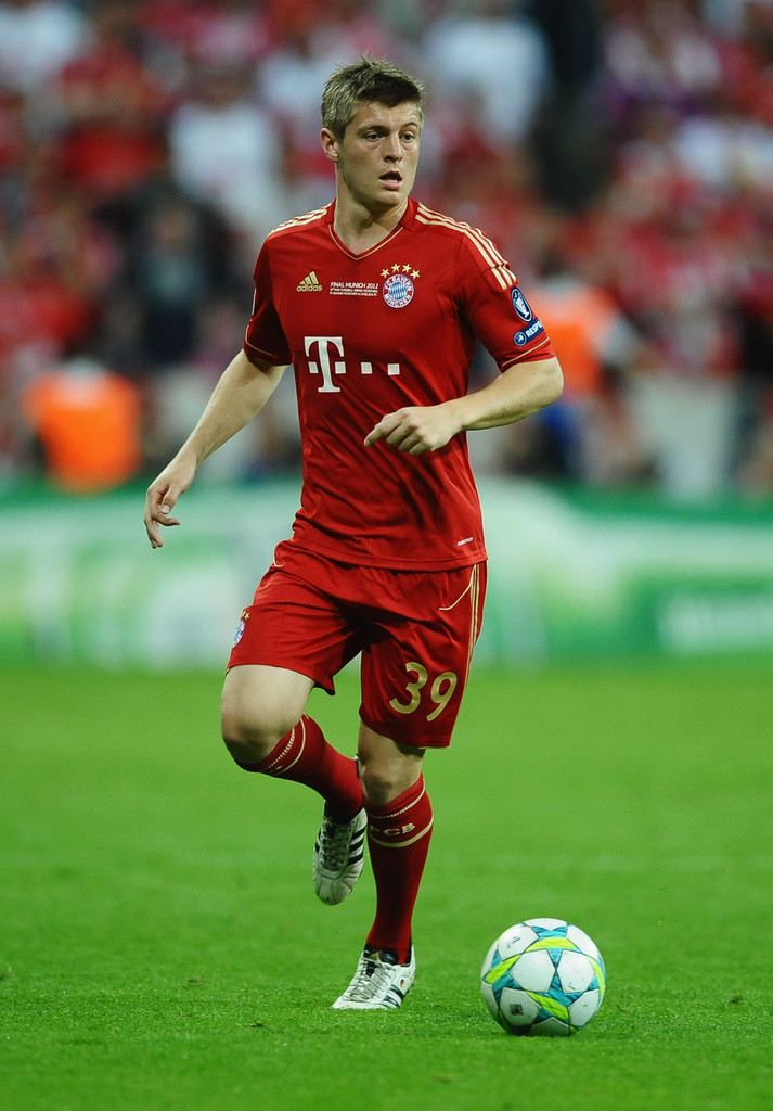 toni kroos photos photos fc bayern muenchen v chelsea fc. Black Bedroom Furniture Sets. Home Design Ideas