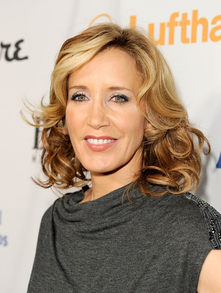 Felicity Huffman wiki, affair, married, Lesbian with age