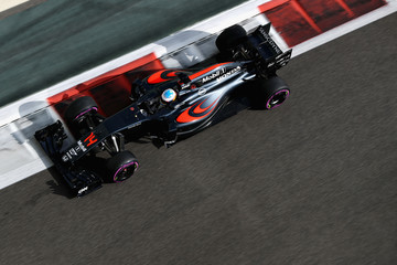 Fernando Alonso F1 Grand Prix of Abu Dhabi - Qualifying