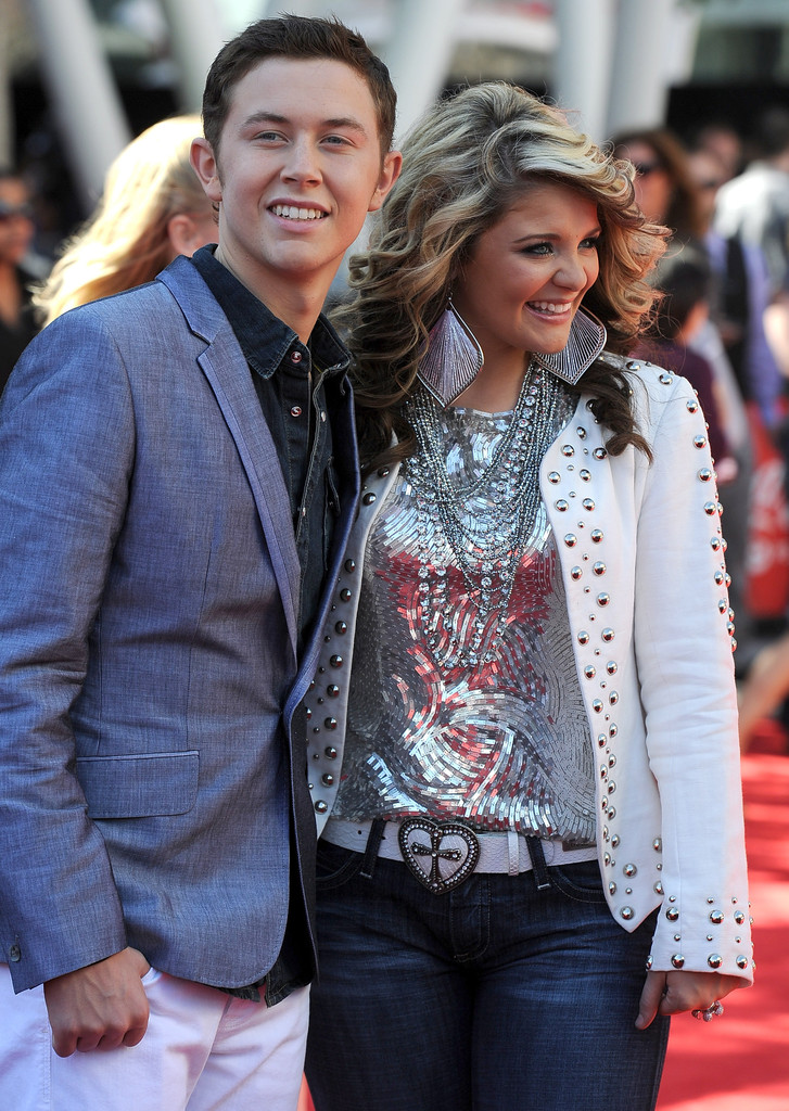 Are lauren and scotty dating