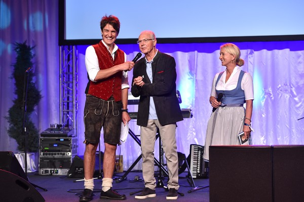 Kaiser Cup 2019 - Bavarian Evening [performance,event,fashion,stage,performing arts,talent show,award,heater,media,award ceremony,matze knop,heidi beckenbauer,franz beckenbauer,kaiser cup,bavarian evening,bad griesbach,germany,passau]