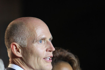 Jennifer Carroll GOP Candidate For Governor In Floria Rick Scott Gatherings With Supporters