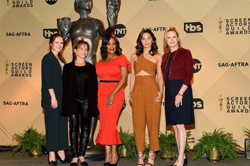 Gabrielle Carteris Elizabeth McLaughlin 24th Annual SAG Awards Nominations Announcement