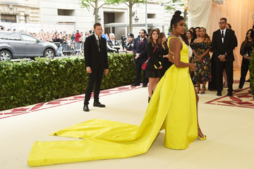 Gabrielle Union Heavenly Bodies: Fashion & The Catholic Imagination Costume Institute Gala - Arrivals