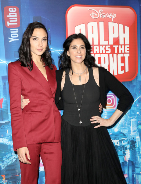 Sarah Silverman Gal Gadot Gal Gadot Photos Uk Premiere Of Ralph Breaks The Internet Zimbio